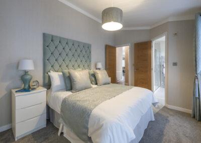 Omar Ikon Park Home Master Bedroom1